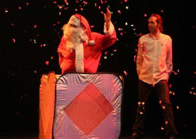 stephane arnow-APPARITION PERE NOEL grand show
