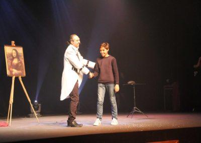 stephane arnow-LA JOCONDE avec un jeune du public